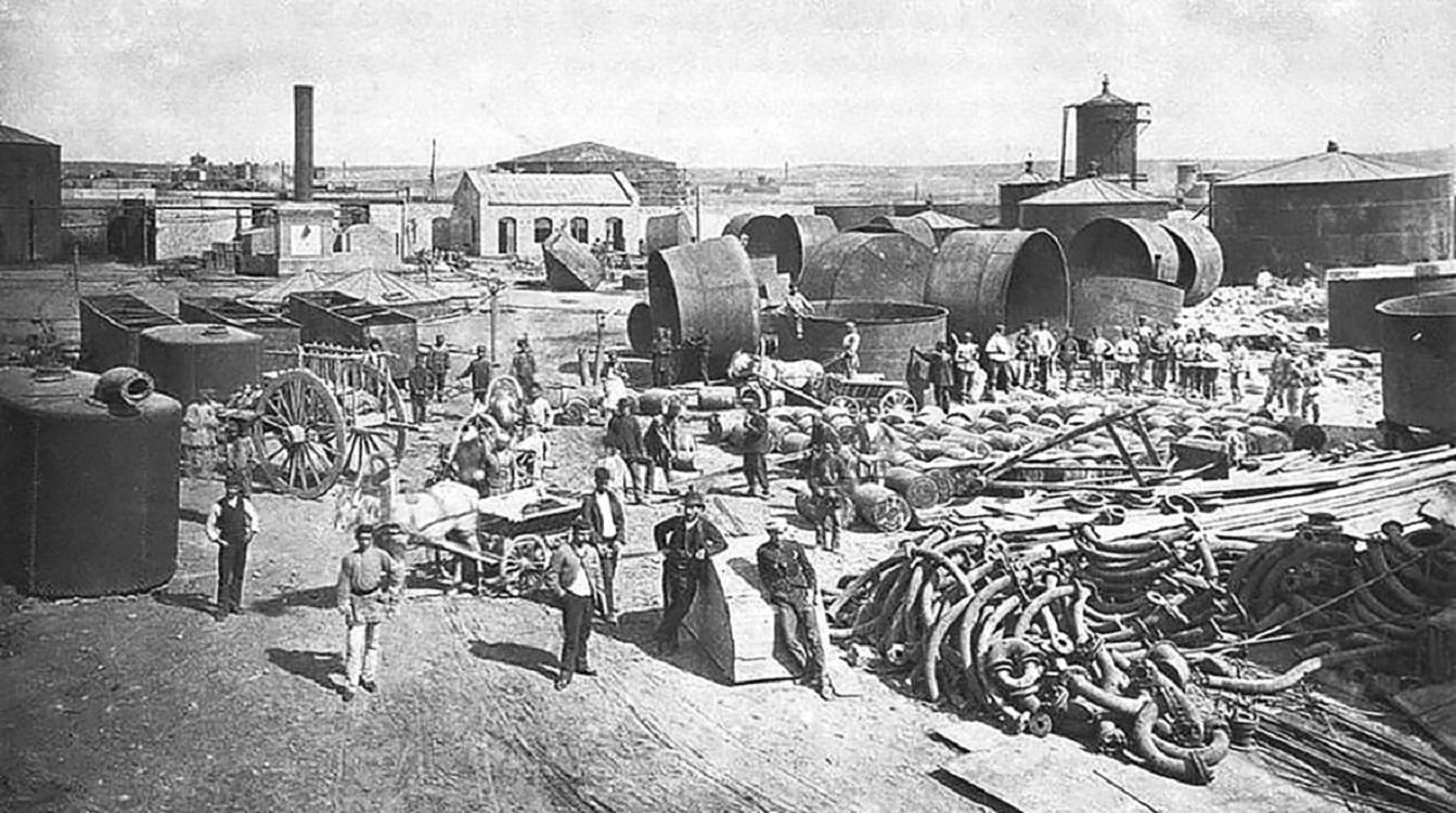 В Баку Владимир Шухов и Александр Бари строят первый российский нефтепровод (точнее: керосинопровод)