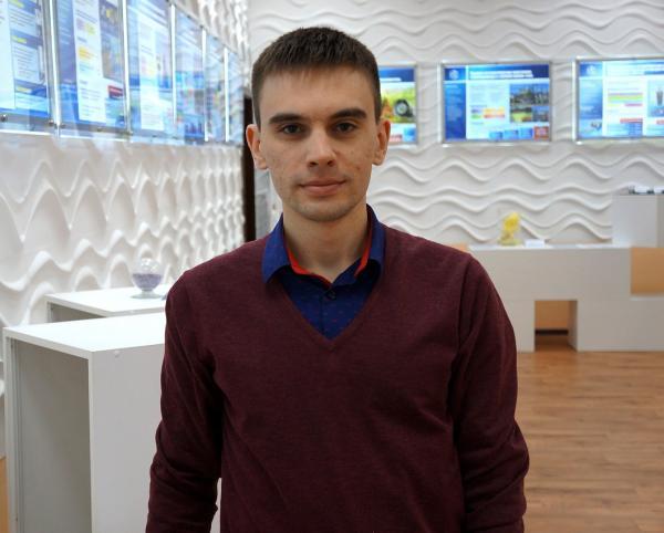 Представляем интервью с лауреатом премии Европейской академии Антоном Габриенко (Институт катализа СО РАН)
