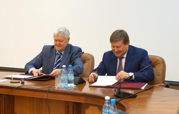 СО РАН и Объединенная авиастроительная компания подписали соглашение о сотрудничестве