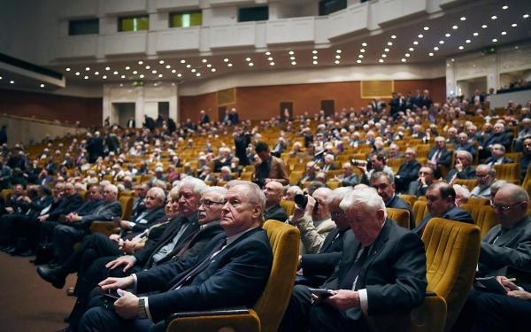 Президент Академии Александр Сергеев дал интервью накануне Общего собрания РАН