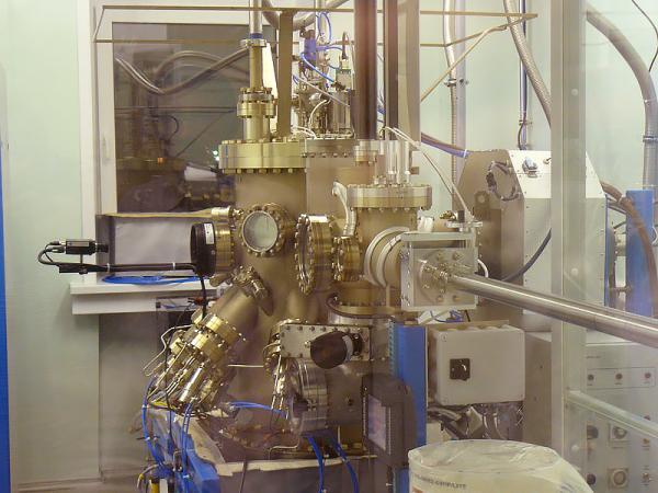 Ученые определили оптимальные условия для синтеза магнитного полупроводника с помощью синхротронного излучения