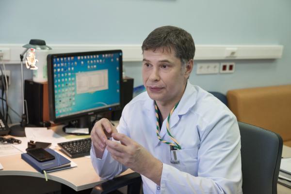 Сибирские ученые планируют защитить имплантаты костей и суставов от инфекции