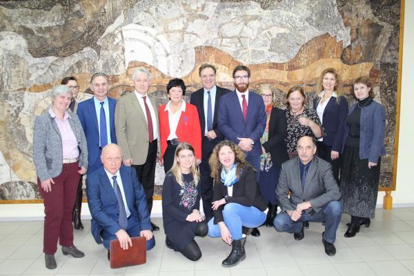 Новосибирский Академгородок посетила делегация Департамента по сотрудничеству и культуре посольства Французской Республики в России
