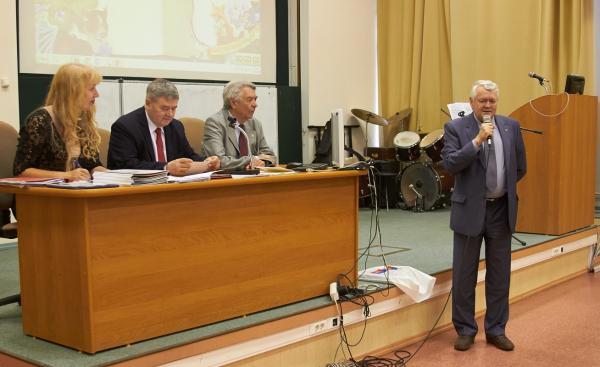 9 июня в конференц-зале ФИЦ ИЦиГ СО РАН состоялось праздничное заседание Ученого Совета, посвященное юбилею ИЦИГ