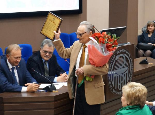 Профессор Ю.П. Никитин празднует свой юбилей