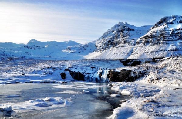 Таяние вечной мерзлоты может привести климат к точке невозврата. С таким предупреждением выступили европейские ученые, оценившие этот фактор глобального потепления