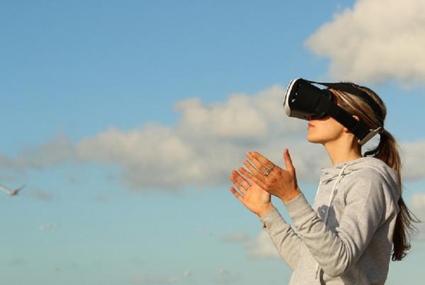 Для чего используют технологии виртуальной и дополненной реальности
