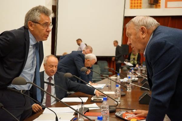 В Президиуме РАН впервые заявили, что Академия должна стать главной силой популяризации науки на государственном уровне