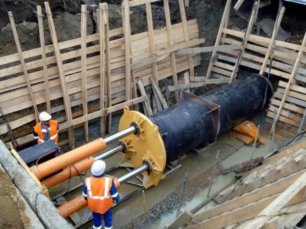 Сибирские ученые внедряют способы прокладки и замены трубопроводов