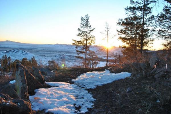 Сибирские ученые установили предназначение необычных каменных конструкций в Бурятии