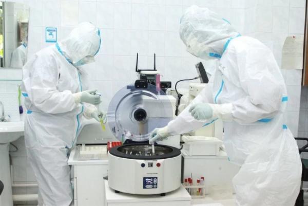 Ради эксперимента ученый заразился коронавирусом во второй раз