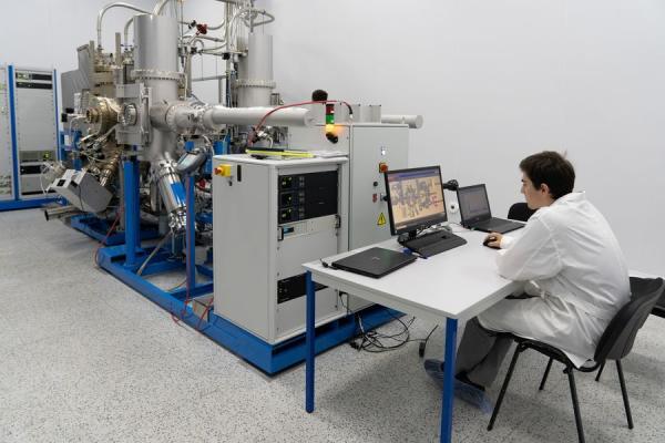 В ИФП СО РАН появилась установка АО «Экран — оптические системы»