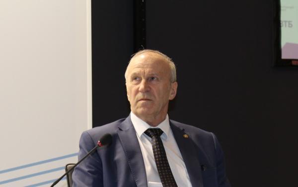 Репортаж с пленарной сессии «Умные технологии: от идей к внедрениям» на международном форуме «Городские технологии-2018»