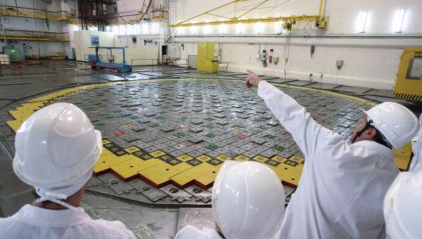 Чем светит ядерный реактор на быстрых нейтронах?