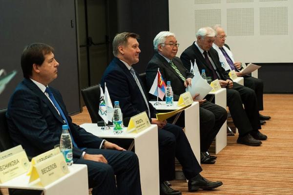 Послесловие к прошедшему в Новосибирске XII Инновационно-инвестиционному форуму «Инновационная энергетика»