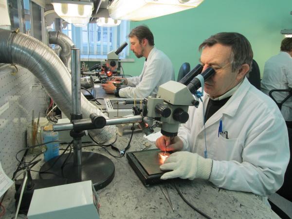 Это предусматривает приобретение современного технологического оборудования, внедрение автоматизированных систем управления и контроля, обновление испытательной лаборатории, а также создание новых рабочих мест