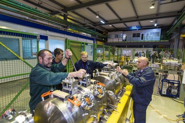 Российская команда отвечала за разработку и создание секции CCDTL, в которой частицы ускоряются от 50 до 102 МэВ