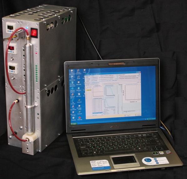 Прибор, сконструированный в Институте химической кинетики и горения им. В.В. Воеводского СО РАН, помогает обнаружить наночастицы за несколько минут