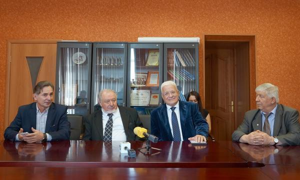 В Новосибирске начал работу XII международный научный конгресс «ИНТЕРЭКСПО ГЕОСибирь-2016»