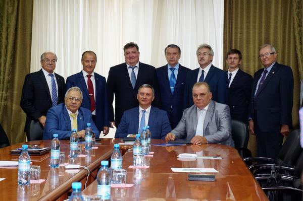 Россвязь, СО РАН и Сибирское территориальное управление ФАНО заключили соглашение о сотрудничестве