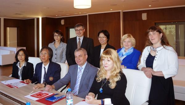 16 сентября в НГУ было подписано Соглашение о сотрудничестве между НГУ и Технологическим университетом Таиланда