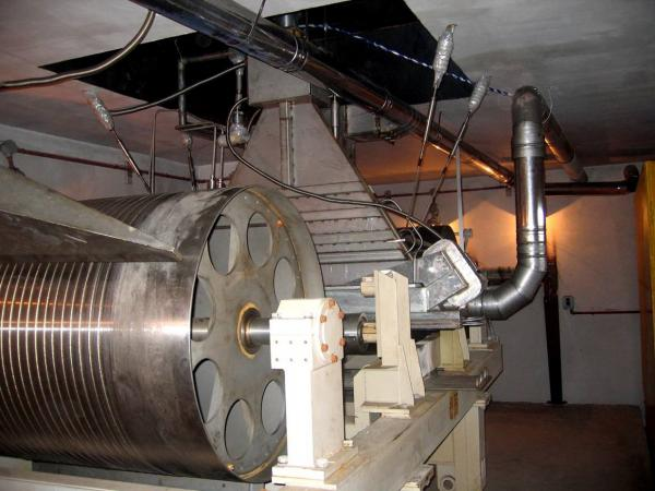 ИЯФ СО РАН разработал новый ускоритель серии ЭЛВ для Подольского опытно-экспериментального кабельного завода