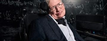Скончался известный ученый и еще более известный популяризатор науки Стивен Хокинг