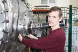 Эксперимент на мощном высоковольтном инжекторе отметили престижной стипендией