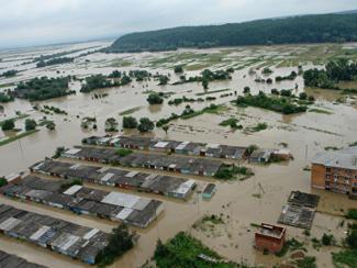 Влияет ли глобальное потепление на возрастание ущерба от стихийных бедствий?