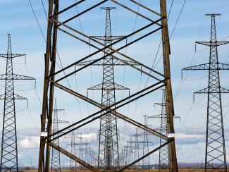 Традиционная модель генерации и потребления электроэнергии заходит в тупик