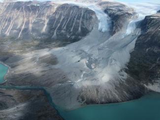 Отмечается ускоренный подъем уровня мирового океана вследствие таяния ледяного покрова