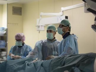 Хирурги Центра Мешалкина спасли пациентку с редкой жизнеугрожающей патологией