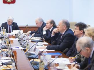 В Совете Федерации обсудили проблемы и перспективы реализации закона о РАН