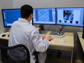 Для чего Институт катализа приобрел уникальный микроскоп