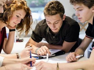 Как гранты стимулируют молодых ученых на создание научных проектов
