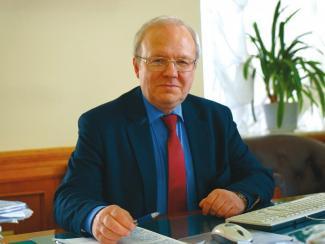 Вице-президент РАН Алексей Хохлов рассказал, как академия реализует свои экспертные функции