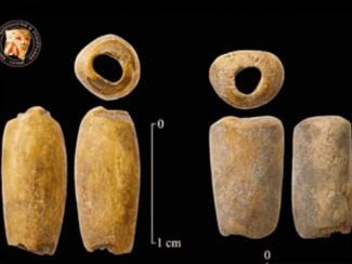 Новосибирские археологи сделали бусы по технологии древних людей