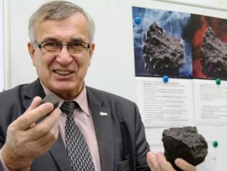 Виктор Гроховский, член комитета Российской Академии наук по метеоритам, доцент Уральского федерального университета