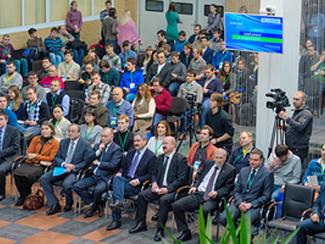 В Академпарке начала работу восьмая инновационная школа