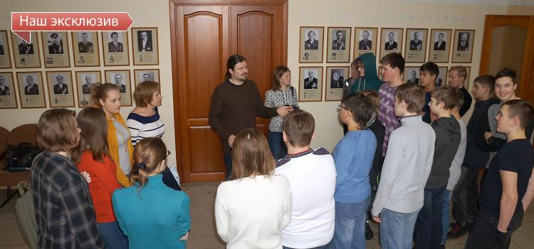 Ежегодно в День российской науки (или накануне, как в этом году) Институт цитологии и генетики распахивает свои двери для всех желающих и приглашает их на интересные экскурсии и увлекательные лекции